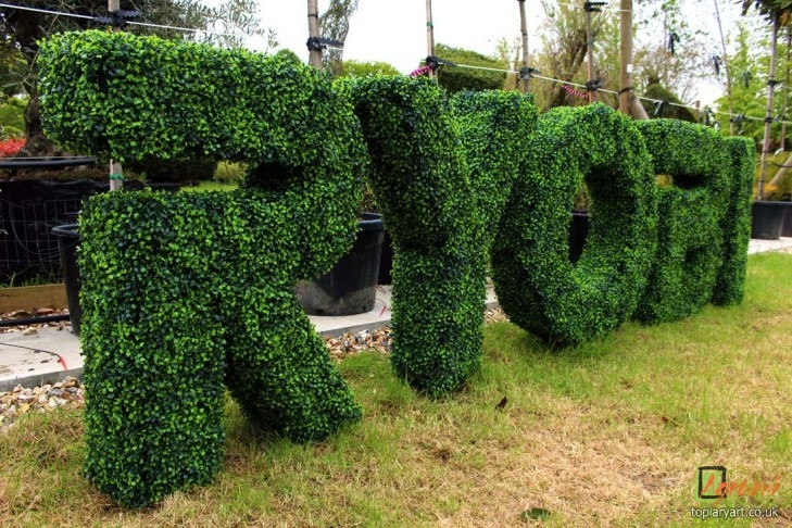 Ryboi Artificial Boxwood Letters