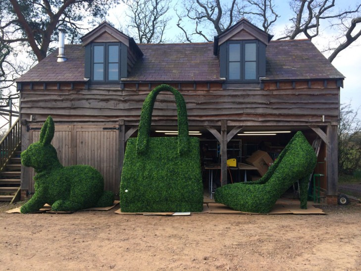 Giant Topiary - Rabbit, Bag, Shoe