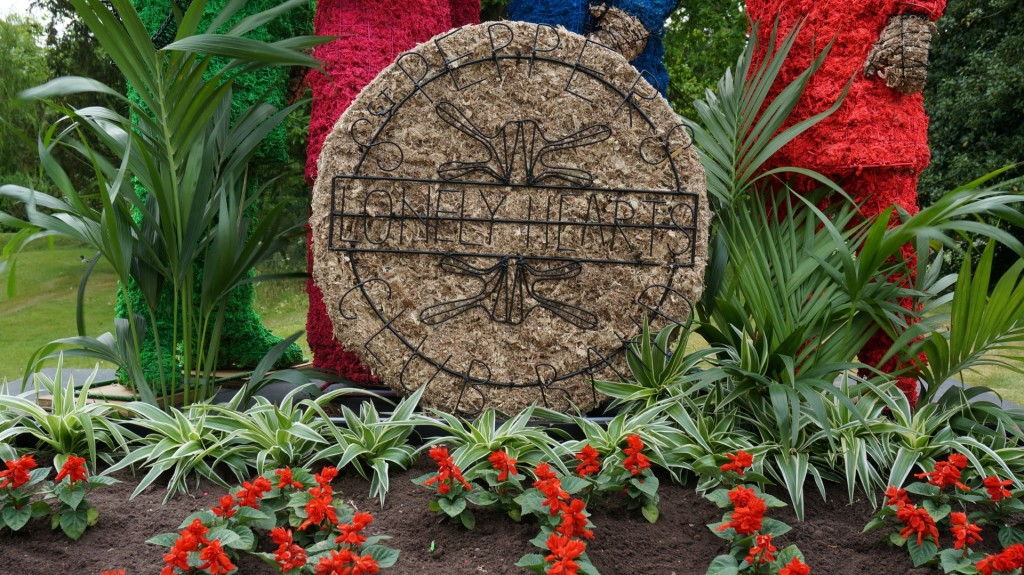 Bass Drum of the Sgt Pepper topiary featuring hand made wire work.