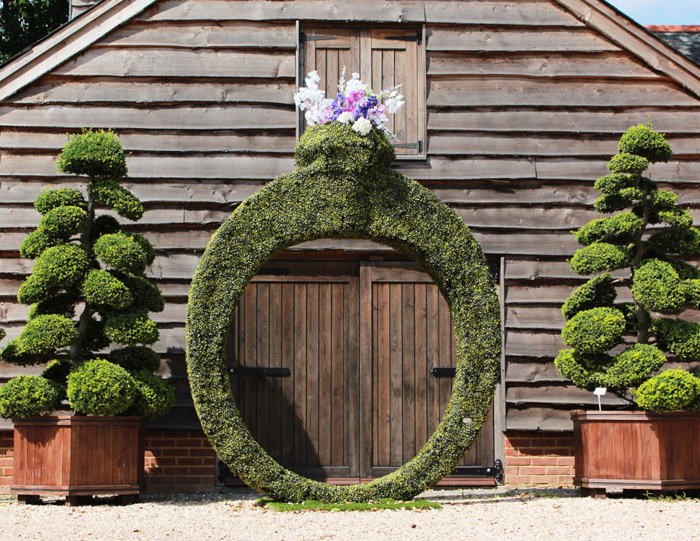 Giant three metre high topiary ring