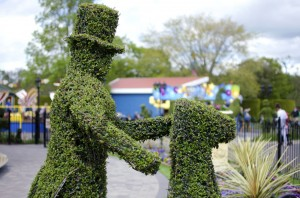 topiary-chimney-sweep-2